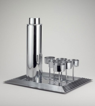 Designed by Norman Bel Geddes. Manhattan Cocktail Set, designed 1934/35; produced c. 1939–41. Restricted gift of Charles C. Haffner III.